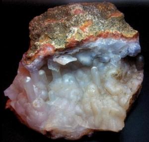 calcedonia geoda