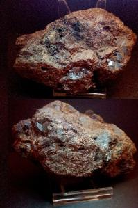 granates en matriz mina cala - 9x6,5 cms